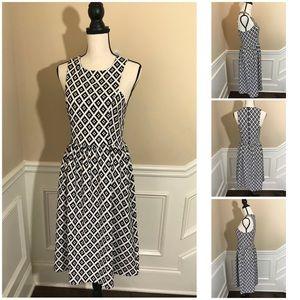 Everly Geometric Black Sleeveless Tank Dress M